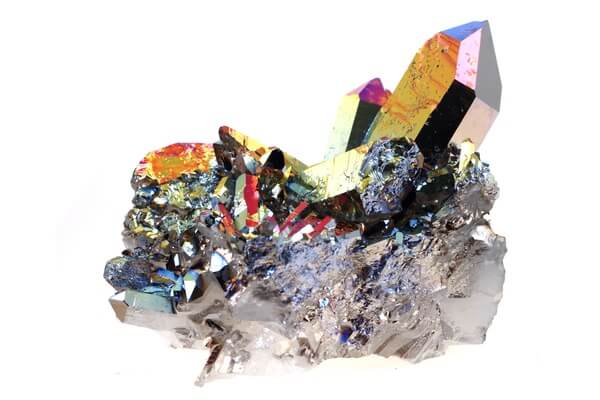The Rainbow Quartz crystal for manifesting